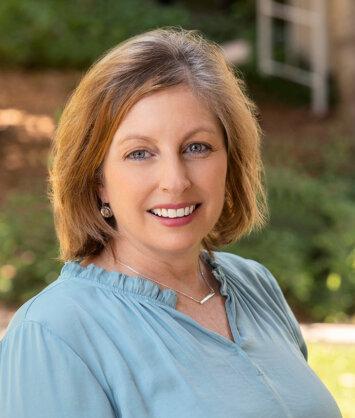 Lisa Smading, Assisted Living Administrator